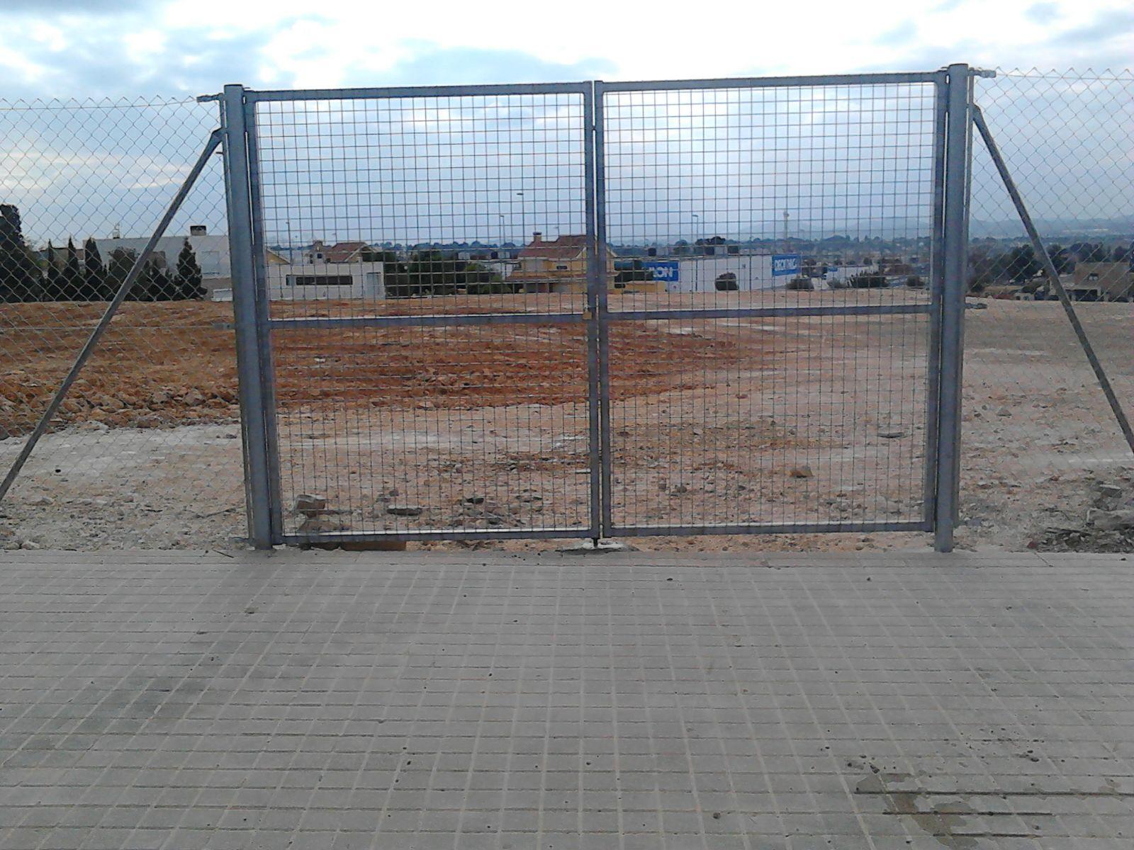 Puertas De Mallazo